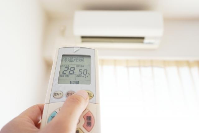 環境(温度・湿度)に合わせて使い分ける「冷房」と「除湿」