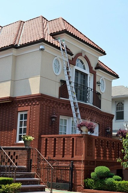 自然災害によめ家の修繕